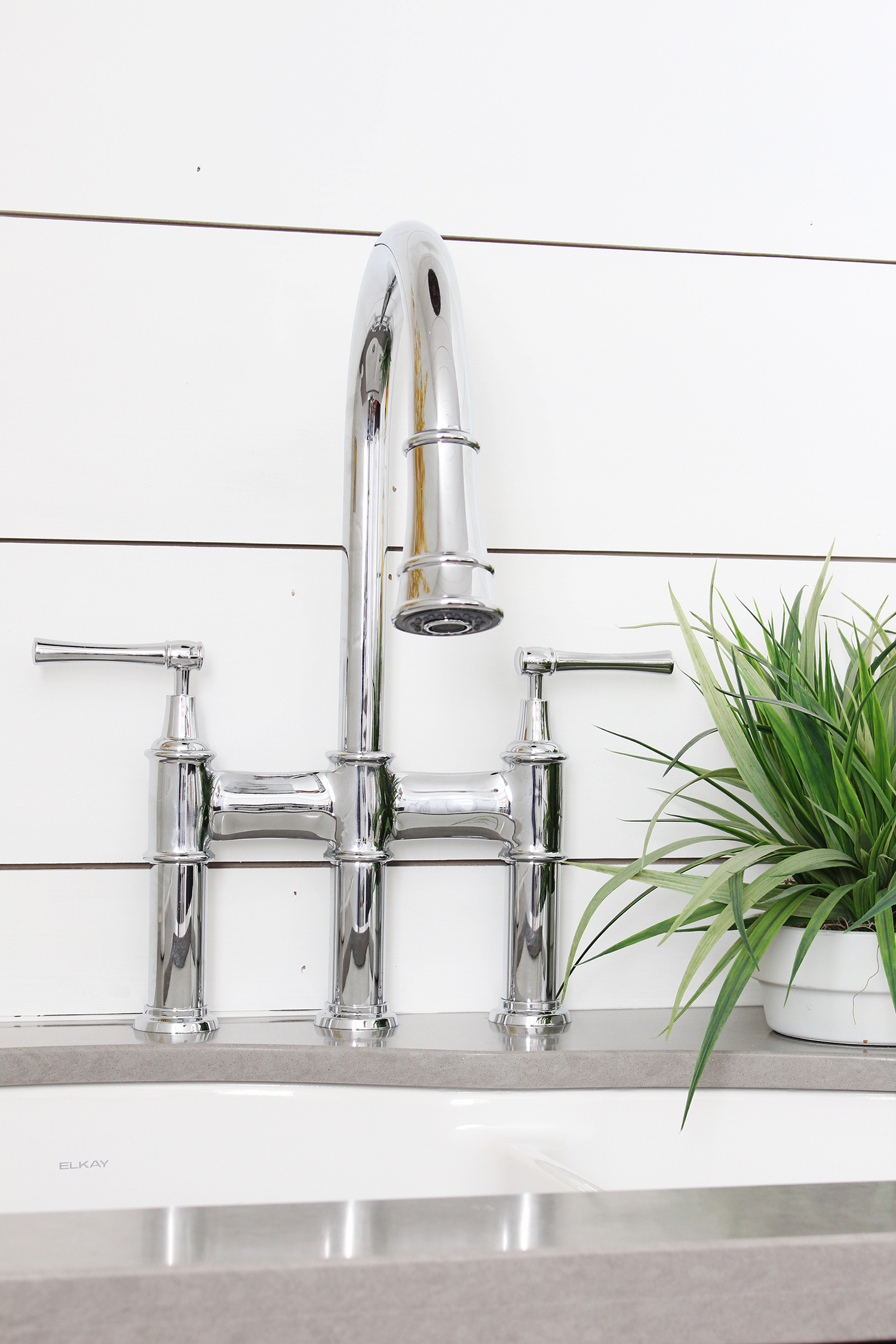 Undermount Kitchen Sink With Faucet Near Me