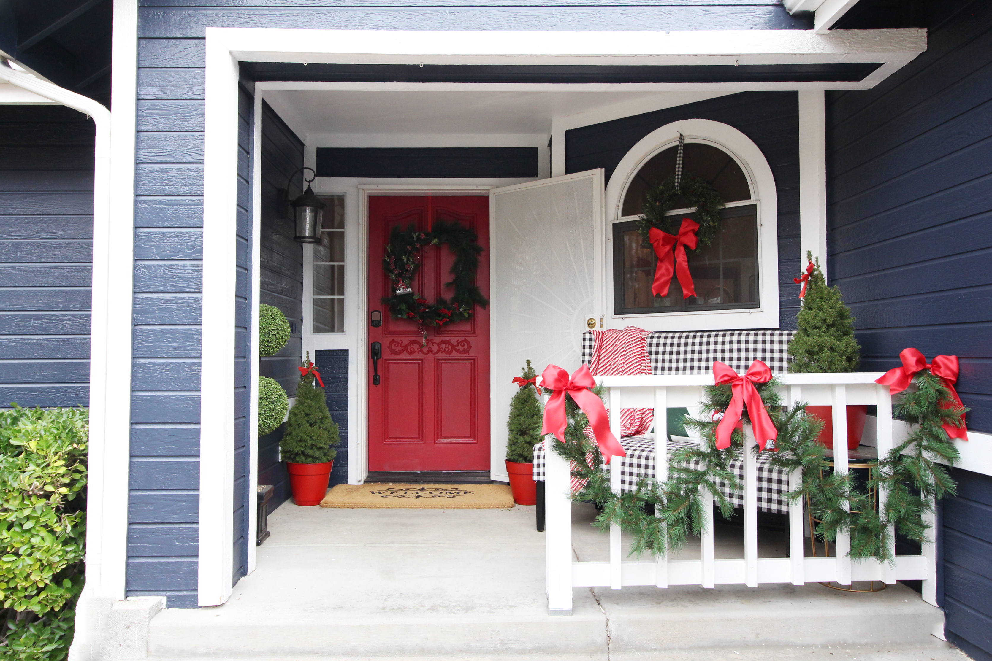 Diy Christmas Wreath And Front Porch Classy Clutter