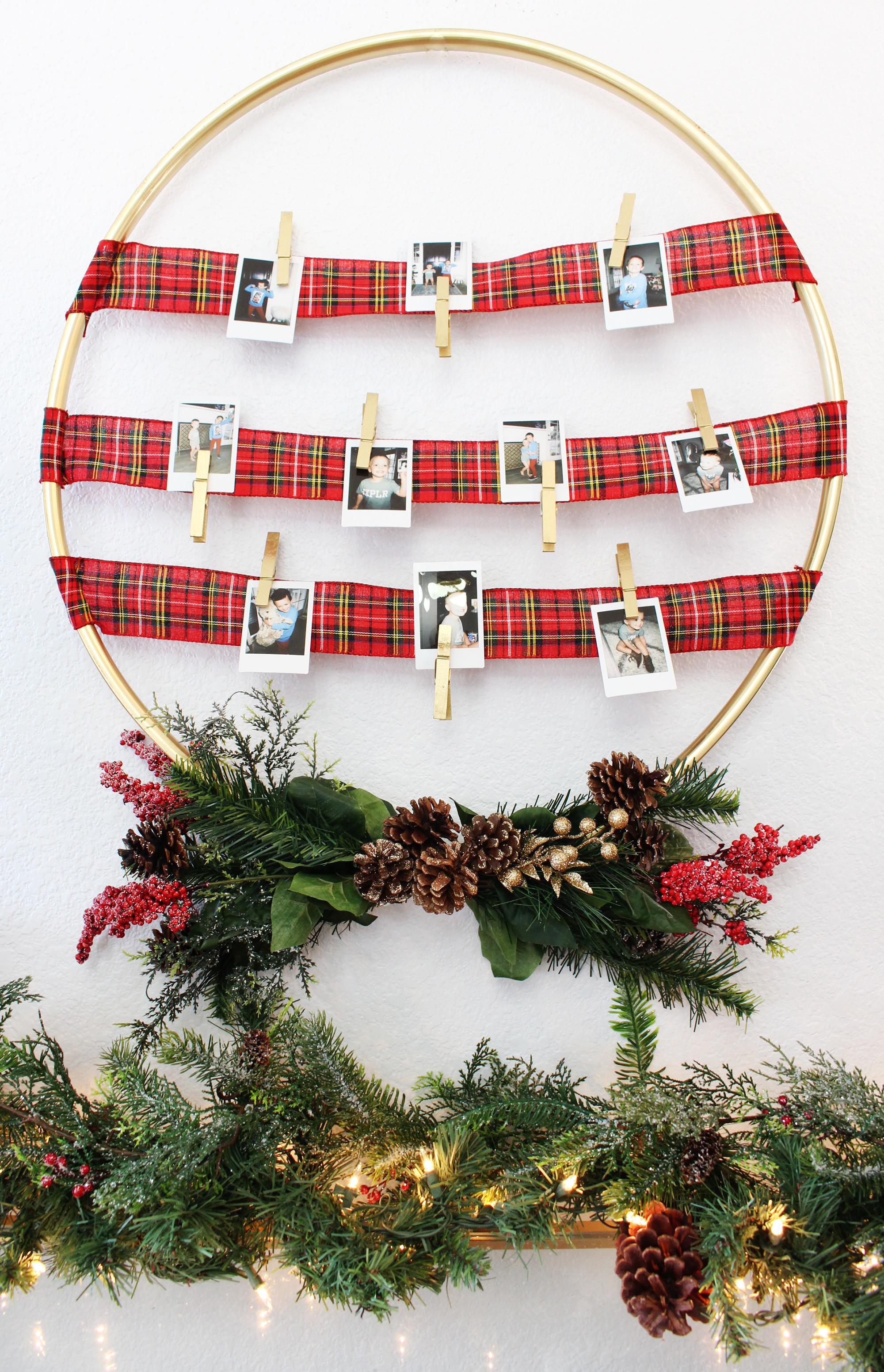 Gift idea diy photo display hoop classy clutter my in laws are always asking for updated pictures of my kids to have in their home for christmas this year i thought it would be really fun to give them a negle Gallery