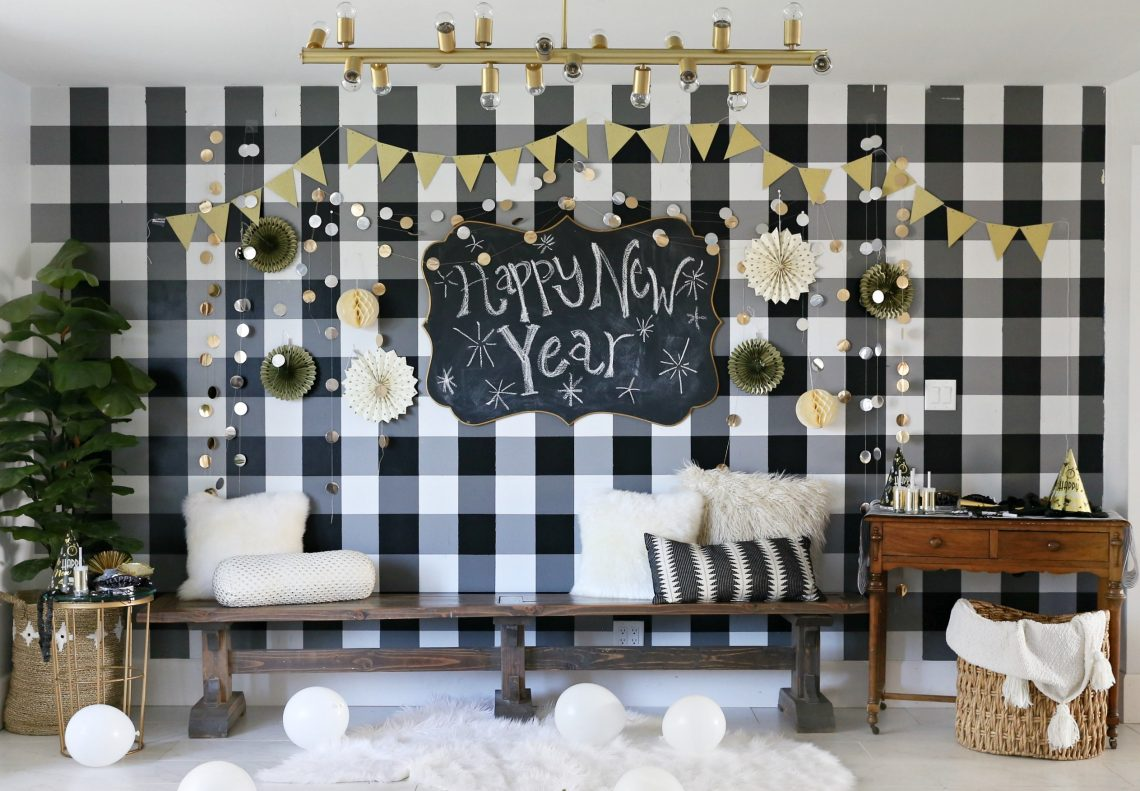 New years eve party decorations 2018 classy clutter for Home decorations for new year