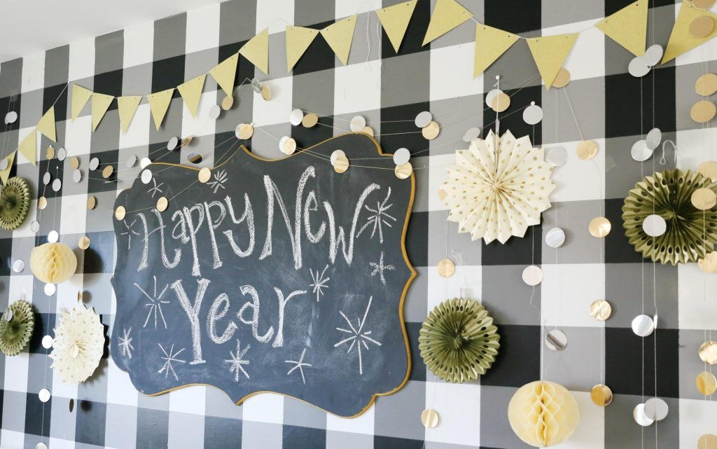 New Years Eve Party Decorations 2018 - Classy Clutter