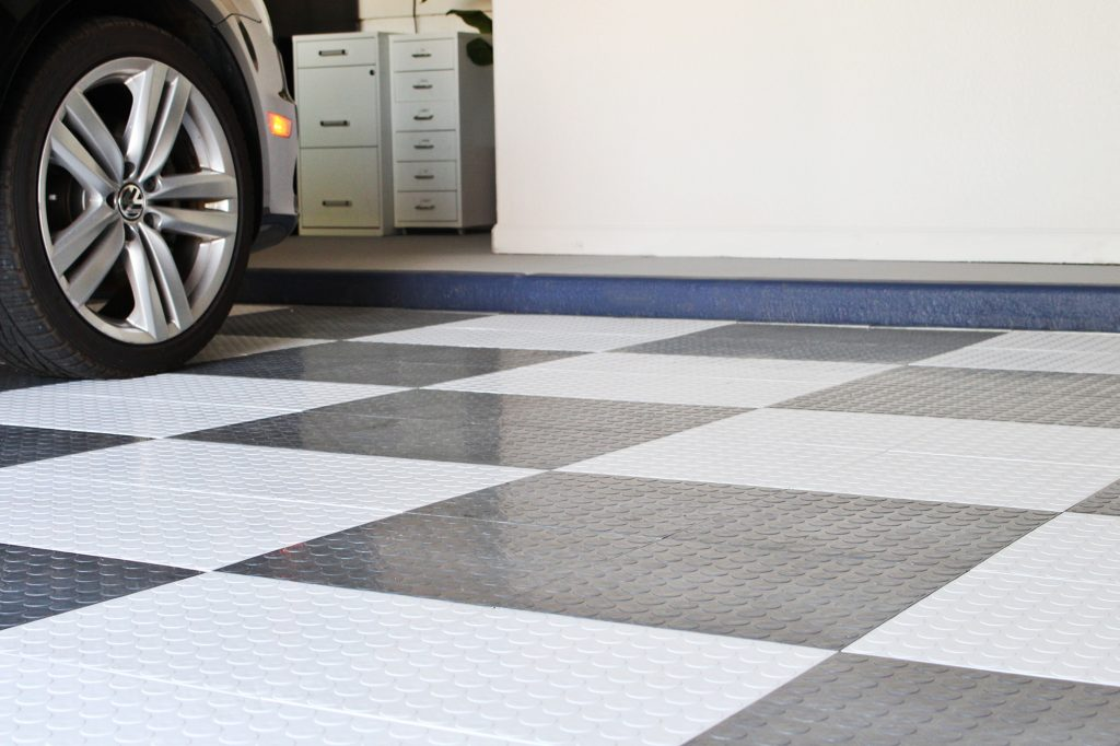 DIY Garage Makeover - Floor TIles