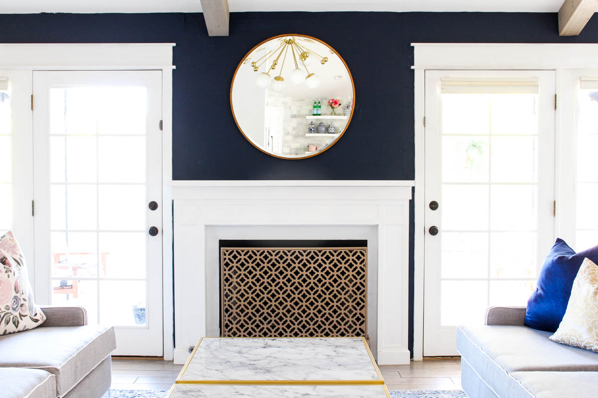 How to decorate a mantel for Christmas - Classy Clutter