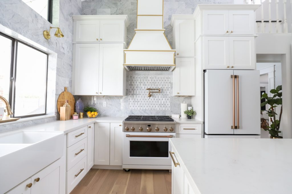 Modern Ranch House Kitchen Remodel - Classy Clutter